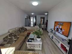 4室2厅2卫130m²精装修