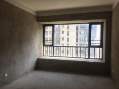 3室2厅2卫136m²毛坯房