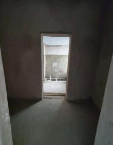 4室2厅2卫232m²毛坯房
