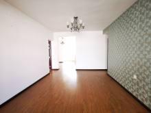 3室2厅1卫81m²精装修